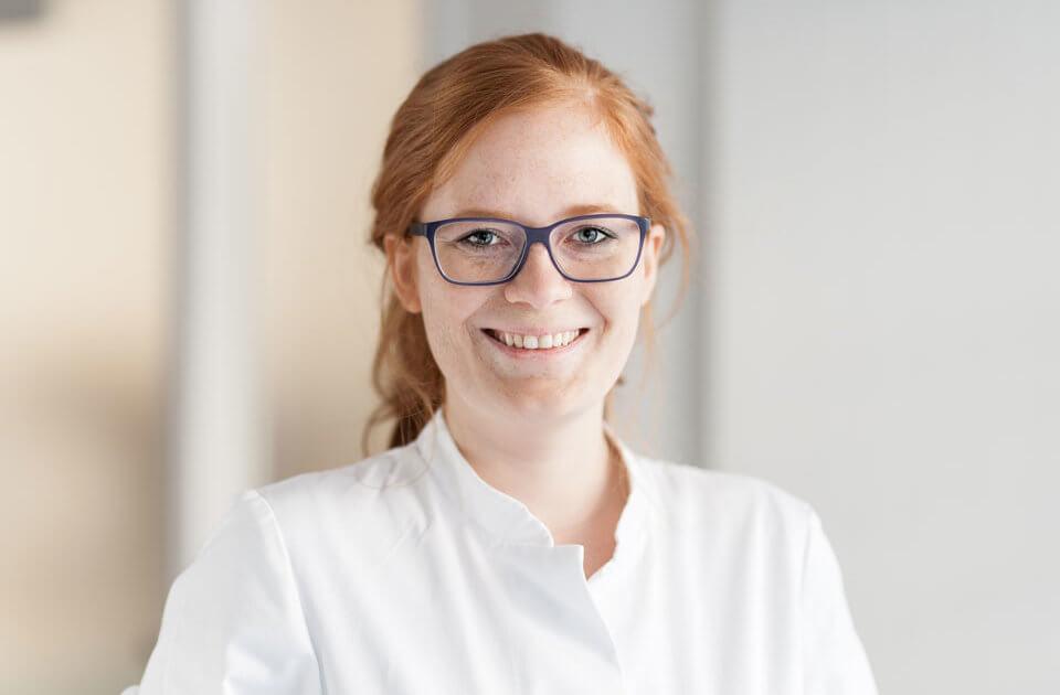 Dr. Lena Spohr